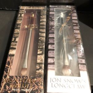 Game of Thrones Needle & Longclaw Makeup Brushes